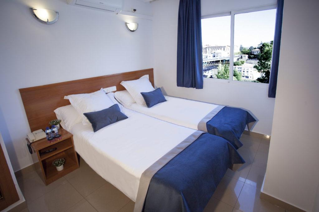 habitaci n doble del hotel en alcoy hostal savoy