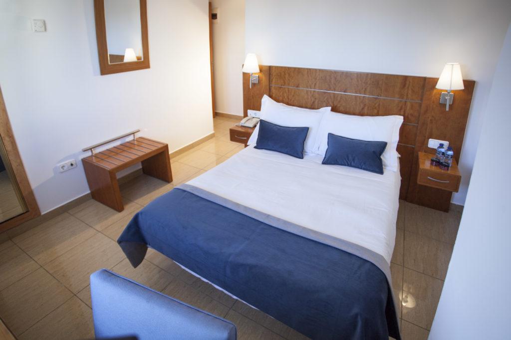 habitaci n individual del hotel en alcoy hostal savoy